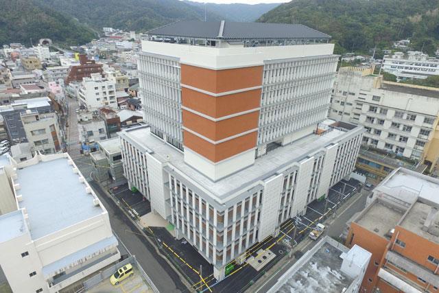 奄美市庁舎01